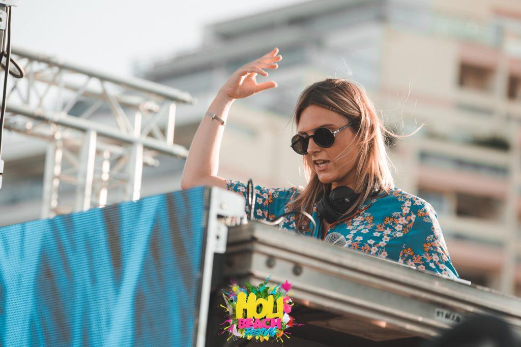HOLI BEACH 2019 Festival Dj Laura Laffon Canet en Roussillon