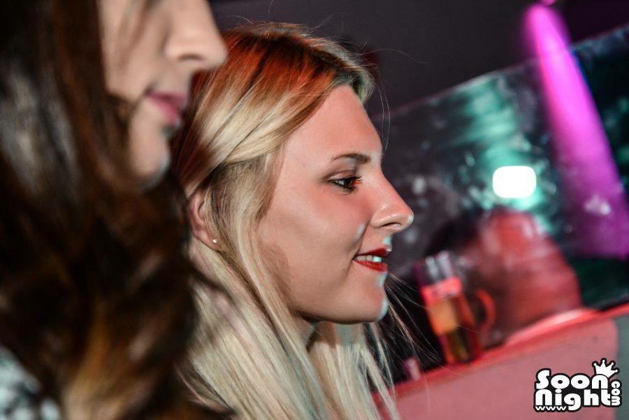 DJ Laura Laffon COMPLEXE LA LUNA Canet En Roussillon